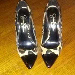 Jessica Simpson cheetah pumps